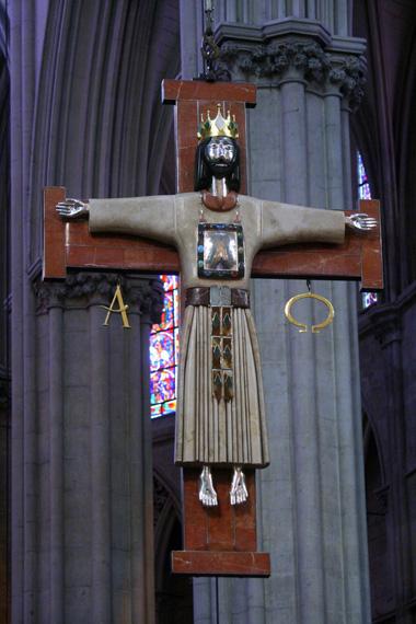 Croix de Goudji - Cathédrale Saint-Julien - Le Mans